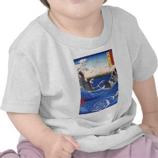 Wild sea breaking on the rocks, Hiroshige T Shirts