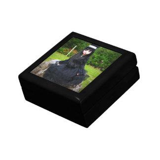 Wilde Imagination Ellowyne Goth Doll Jewelry Box