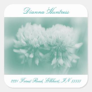 Wildflowers del trébol blanco pegatina cuadradas personalizada