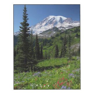 Wildflowers en el Monte Rainier Impresión En Madera