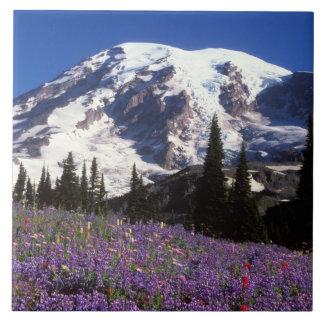 wildflowers en la base del Monte Rainier, 2 del ve Azulejo Cuadrado Grande