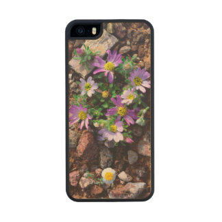 Wildflowers Carved® Maple iPhone 5 Slim Case