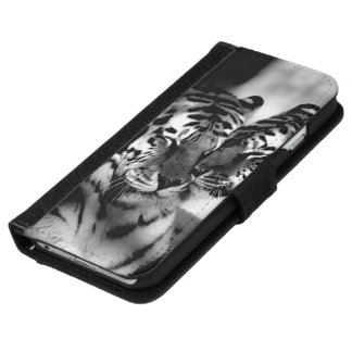 Wildlife, amazing tiger iPhone 6 wallet case