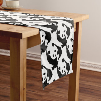 WILDLIFE PANDER SHORT TABLE RUNNER