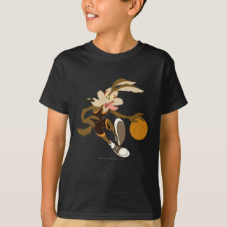 Wile E Coyote Dribbling Through Competition T-Shirt