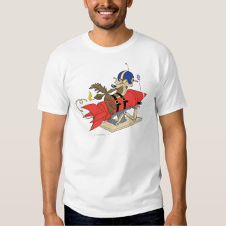 Wile E. Coyote Launching Red Rocket Playeras