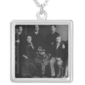 Wilhelm Liebknecht y su familia Colgante Cuadrado