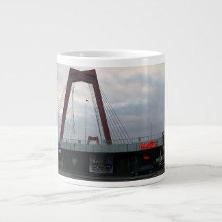 Willemsbrug, Rotterdam Giant Coffee Mug