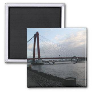 Willemsbrug, Rotterdam Magnet
