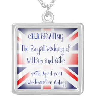 WILLIAM AND KATE ROYAL WEDDING COLLECTIBLE SQUARE PENDANT NECKLACE