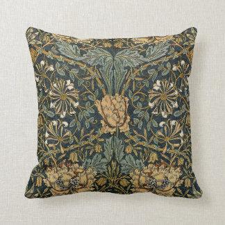 William Morris Design #7 Throw Pillow