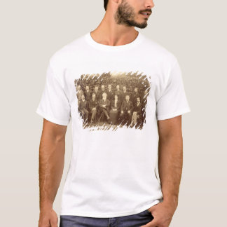 William Morris, photographed with the Staff at Kel T-Shirt
