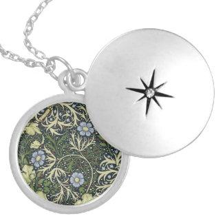 William Morris Seaweed Pattern Floral Vintage Art Round Locket Necklace