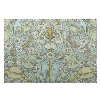 William Morris Vintage Spring thicket Floral Desig Placemat