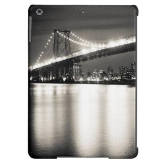 Williamsburg bridge in New York City at night iPad Air Cases