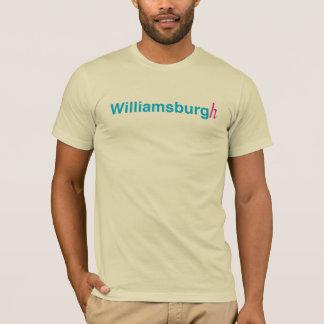 Williamsburg con un h playera