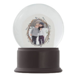 Willow Wreath Personalized Snow Globe