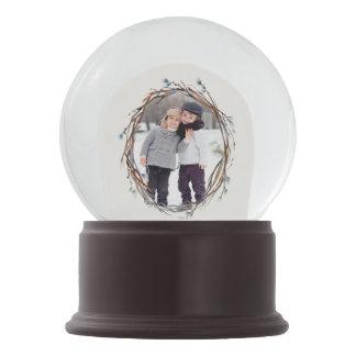 Willow Wreath Personalized Snow Globe
