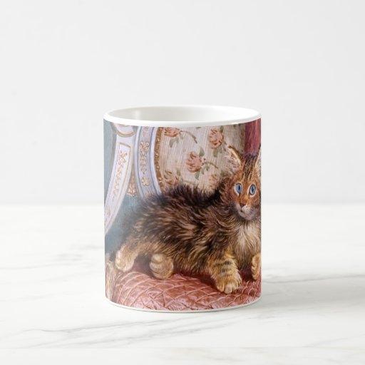 Wilson Hepple: Gatito de Brown en una butaca Taza De Café