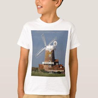 Windmill at Cley, North Norfolk. T-Shirt