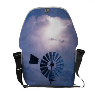 WINDMILL SOUTHERN CROSS FLASH LIGHTNING AUSTRALIA COURIER BAG
