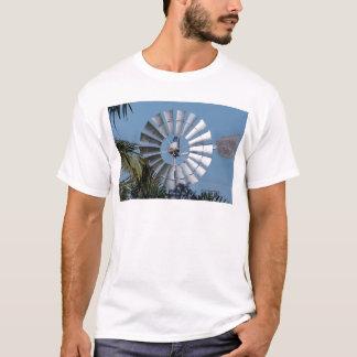 WINDMILL SOUTHERN CROSS QUEENSLAND AUSTRALIA T-Shirt