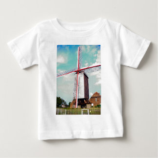 Windmill turning, Keep moving Tees