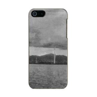 Windmills along the shore metallic iPhone SE/5/5s case