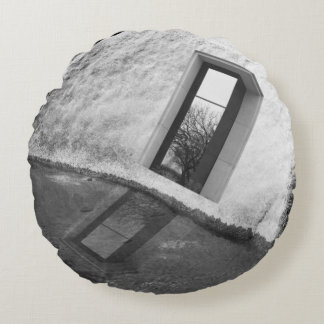 Window Sill Round Pillow
