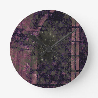Window Spectre Round Clock