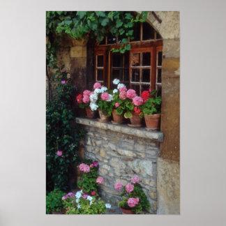 Windows en las flores de Perouges Posters