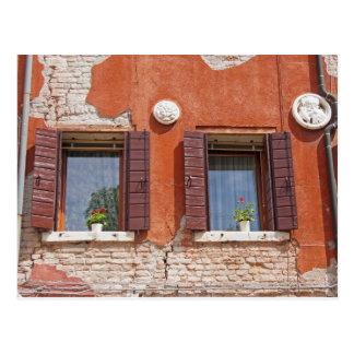 Windows veneciano postal
