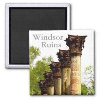Windsor arruina el imán del refrigerador de Missis