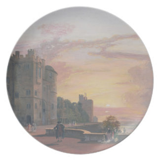 Windsor Castle: North Terrace looking west at suns Plate