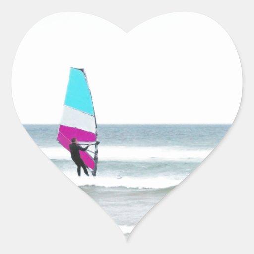 Windsurfer con aguamarina y rosa pegatina en forma de corazón