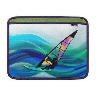 Windsurfer del tecnicolor en un tifón funda  MacBook