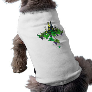 Wine bottles on grapes and leaves pet tee shirt