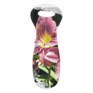 Wine Tote with abstract design