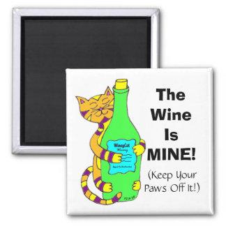 """WineyCat """"el vino es EL MÍO!"""" Imán del refrigerado"""