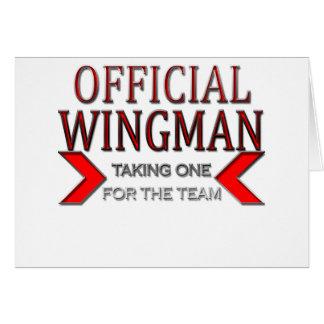 WingMan oficial que toma uno para el rojo del equi Tarjeton