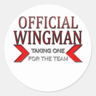 WingMan oficial que toma uno para el rojo del Etiquetas Redondas