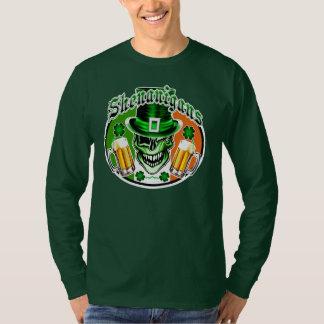 Winking Leprechaun Skull: Shenanigans 2 T-Shirt