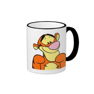Winnie the Pooh Tigger que parece feliz Taza De Dos Colores
