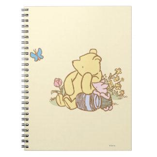 Winnie the Pooh y cochinillo clásicos 1 Notebook