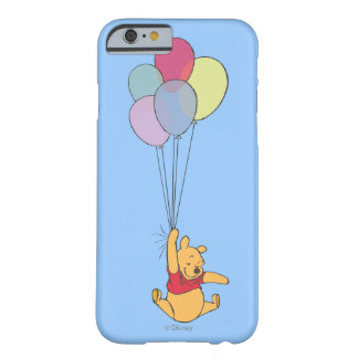 Winnie the Pooh y globos Funda De iPhone 6 Barely There