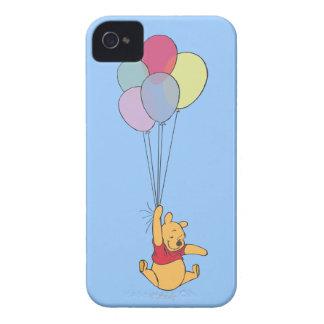 Winnie the Pooh y globos Funda Para iPhone 4