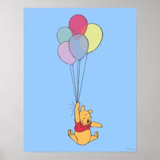 Winnie the Pooh y globos Posters