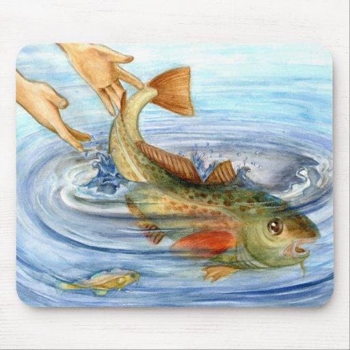 Winning artwork by J. Lin, Grade 10 Mouse Pad