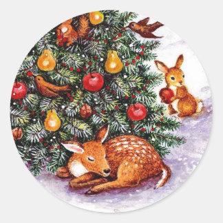 winter animals feast classic round sticker