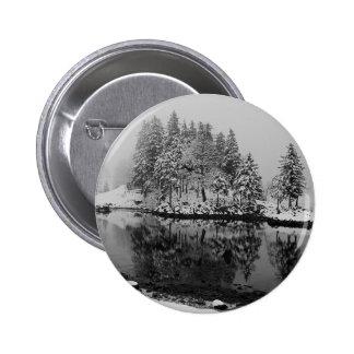 Winter - button